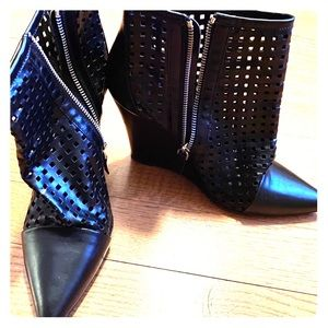 Sandro Luxury leather boots - 9